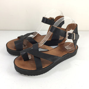 Anthropologie 39 8 8.5 Miz Mooz Nuovo Black Sandal